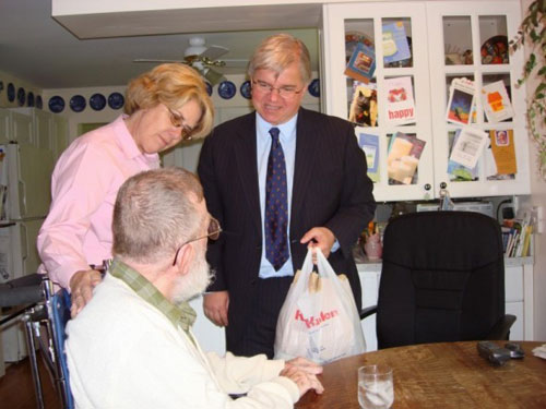 Assemblyman Fred W. Thiele, Jr. delivers Meals on Wheels to senior citizens in the Town of Southampton with the Director of Senior Services, Pam Giacoia.
