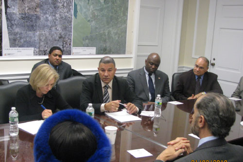 Assemblyman Ramos and members of the Long Island Black and Hispanic Caucus meet with Senator Gillibrand to discuss the need for increased funding for education, public safety, downtown revitalization and youth employment.