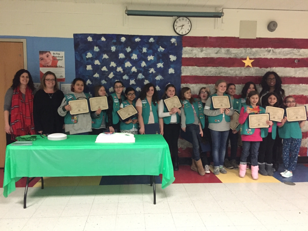Assemblywoman Kimberly Jean-Pierre honors Girl Scout Troop 324 of Lindenhurst for their service to the community.
