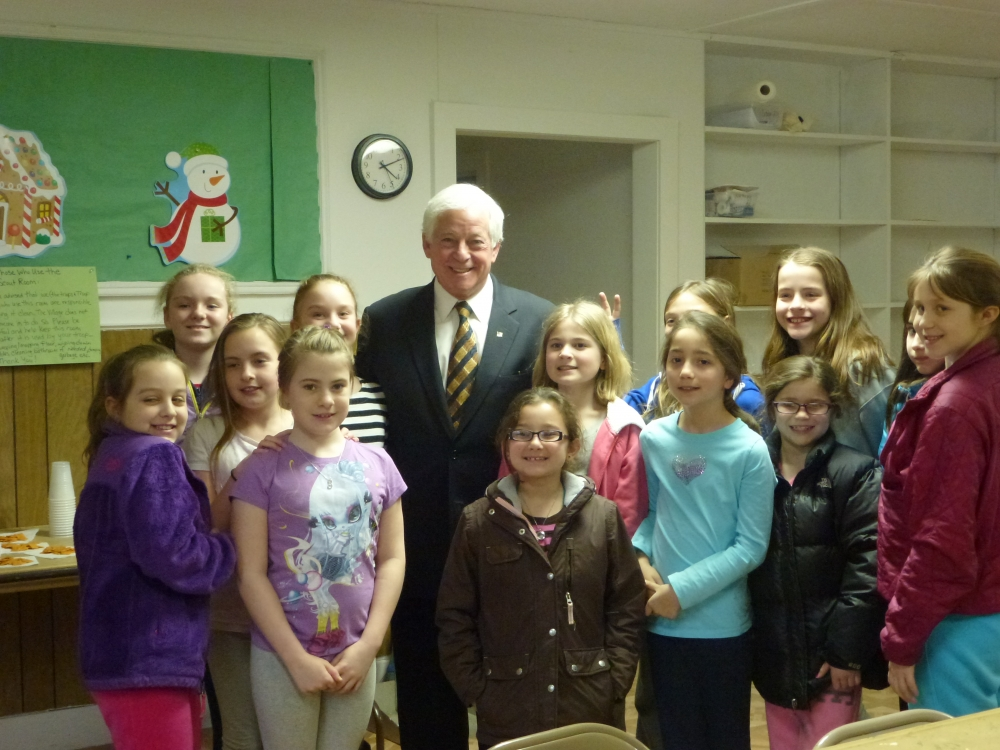 Assemblyman Charles Lavine, right, paid a visit to Bayville Girl Scout Troop 123 to speak to the fourth graders about government and how a bill becomes law. The conversation took a slight detour when students began asking questions about Common Core and testing requirements and offering their thoughts. Assemblyman Lavine was very impressed with the students and their knowledge regarding the most current education topics.
