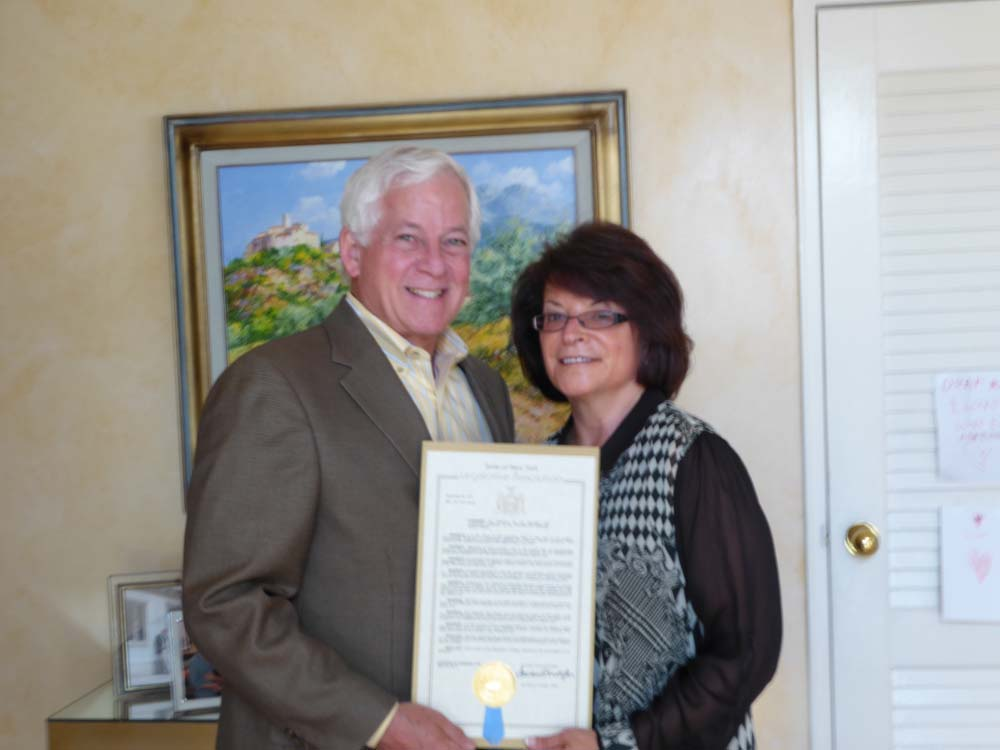 Assemblyman Lavine presented an Assembly Proclamation to Evy Rothman previous President of the Plainview-Old Bethpage School District honoring her for 21 years of dedicated service to the School Board.
