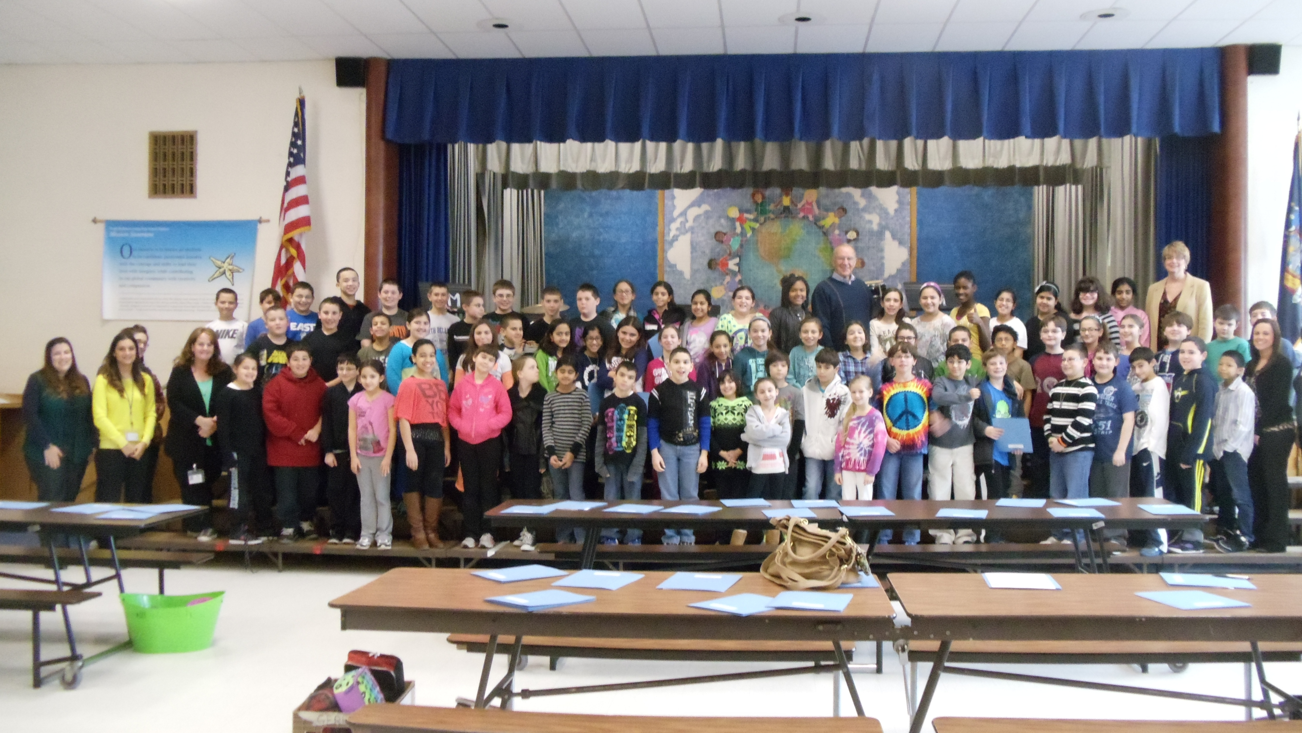 Assemblyman Dave McDonough (R,C,I-Merrick) joins the fifth grade class at Saw Mill Elementary School, where he discussed the similarities and differences between the New York State and U.S. governments.