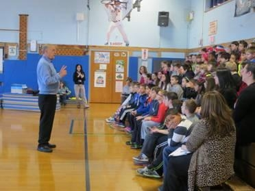 Assemblyman Dave McDonough speaks to students at Seaford Manor Elementary School.