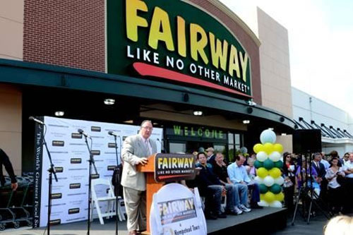 Assemblyman Michael Montesano addressing the crowd at the grand opening of the Fairway Food Store in Westbury.
