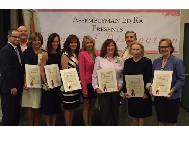 Assemblyman Edward Ra, Village of Garden City Trustee John Delany, Honoree Angie Ruhry, Honoree Diana Tjaden, Honoree Michelle Kaiserman, Nassau County Legislator Laura Schaefer, Honoree Susan Quigley, Village of Garden City Mayor Nick Episcopia, Honoree Theresa Trouvé and Honoree Christine Mullaney.