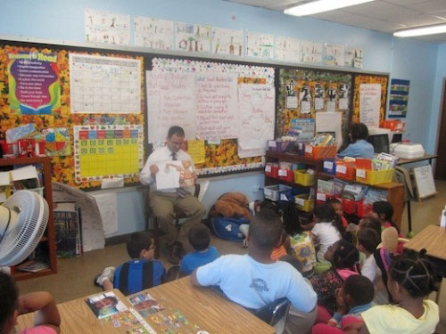 Assemblyman Ra visits Mr. Santoro's First Grade Class at Cornwell Avenue School in West Hempstead.