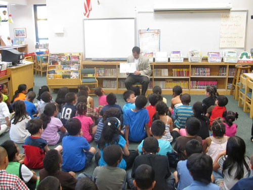 Assemblyman Ra reads to first-grade classes at Howell Road School in Valley Stream.