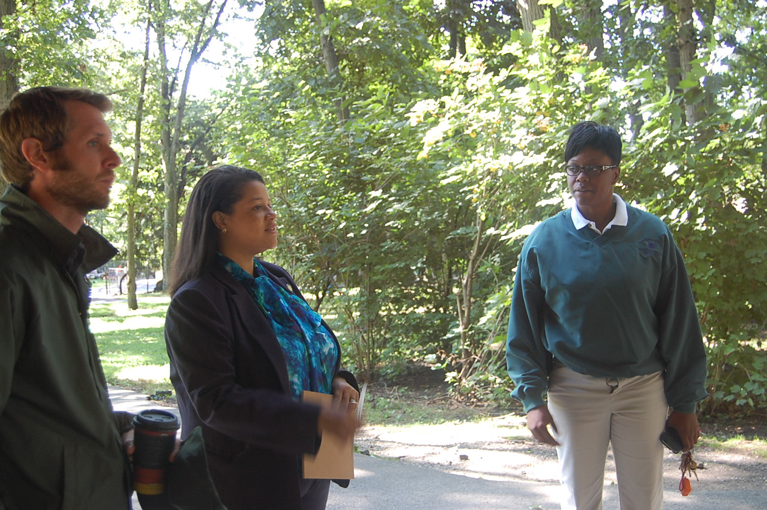 Assemblywoman Solages tours Valley Stream State Park