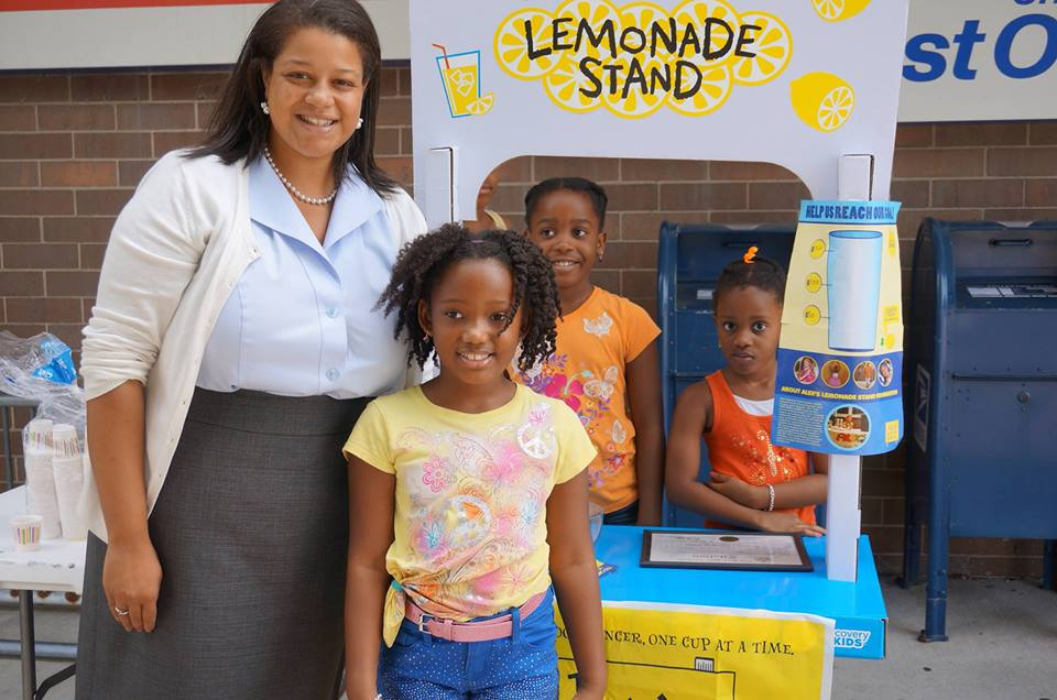 Assemblywoman Solages supports local Alex�s Lemonade Stand to help end childhood cancer.