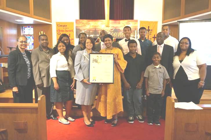 Assemblywoman Solages celebrates Reverend Kymberly Clemens-Jones 5th Pastoral Anniversary.