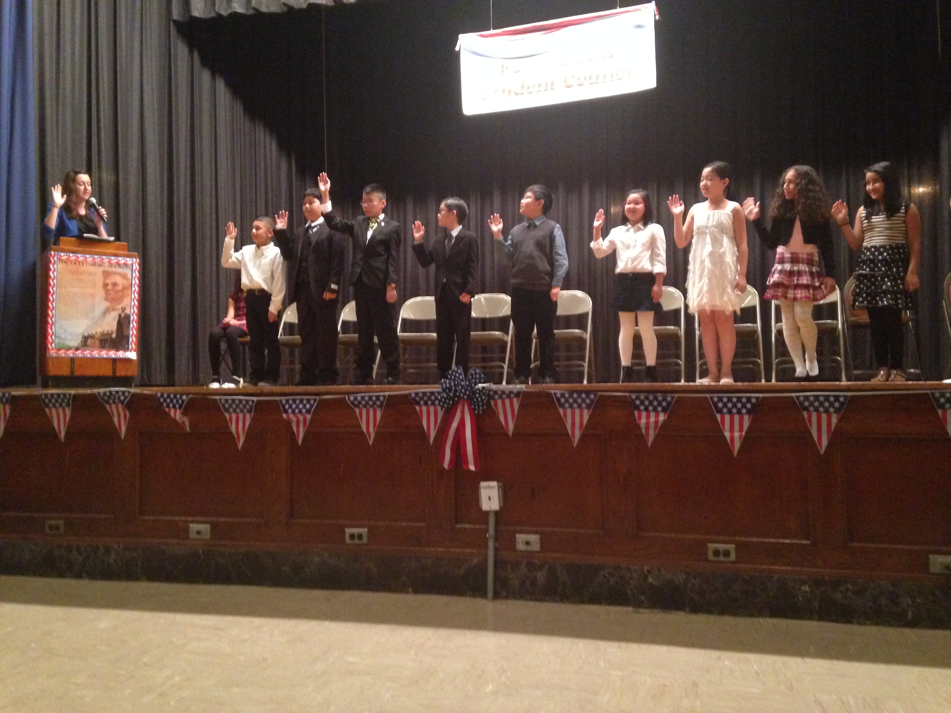 Assemblywoman Nily Rozic installed new officers of the student government at P.S. 26 Rufus King in Fresh Meadows.