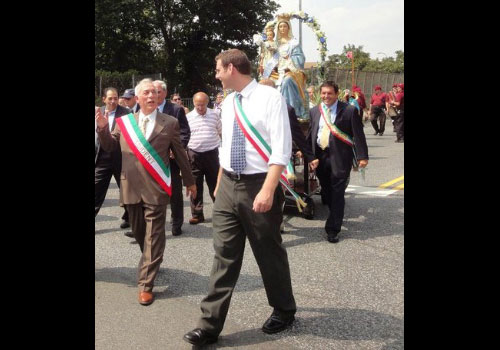 "On Sunday, August 7, 2011, Assemblyman Braunstein attended Associazione Sacchesi D'America Annual Patron Saint ""Our Lady of the Angels"" Feast with President Benny Salomone and Vice President Benny Polito."