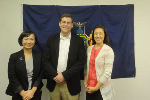 On Friday, May 25, 2012, Assemblyman Braunstein met with Korean American Family Service Center's Executive Director, Grace Jungsook Yoon, and Community Relations Coordinator, Hellen Kim regarding the restoration of the HODORI After-School Program through NYC's Out-of-School Time program.