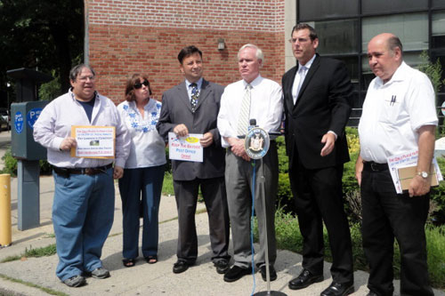 On Friday, July 27, 2012, Assemblyman Braunstein attended a rally against the proposed closure of the Bayside Post Office, pictured here with Senator Tony Avella, Community Board 11 Chair Jerry Iannece, CB 11 District Manager Susan Seinfeld, East Bayside Homeowners Association President Frank Skala, and CB 11 board members Jack Oshier and Andy Rothman.
