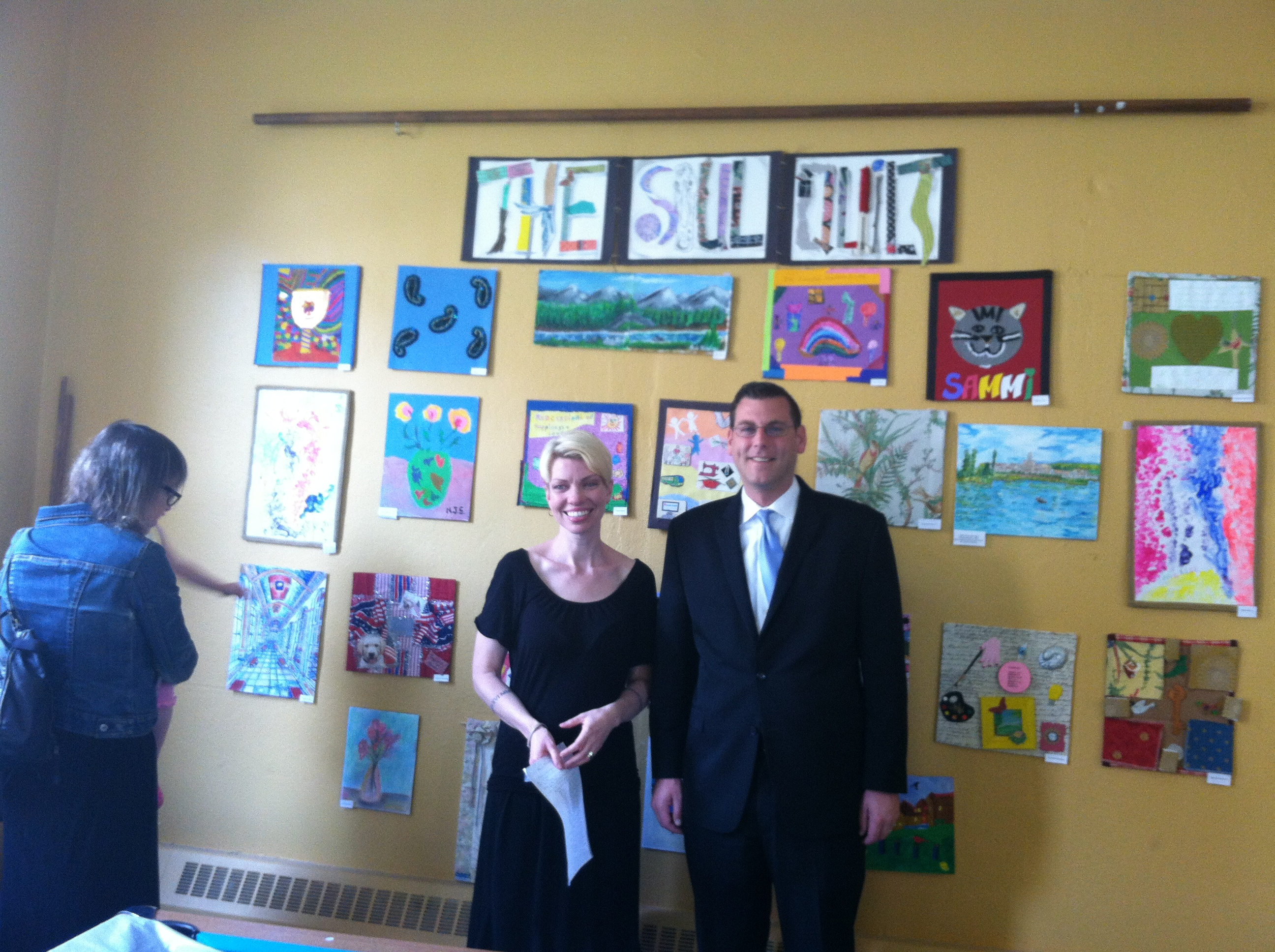 On Friday, May 17, 2013, Assemblyman Braunstein attended the Services Now for Adult Persons, Inc. of Eastern Queens (SNAP) Seniors Partnering with Artists Citywide (SPARC) Soul Quilt Ceremony. Assemblyman Braunstein is pictured here with Jennifer Bailey, SPARC Artist-in-Residence.