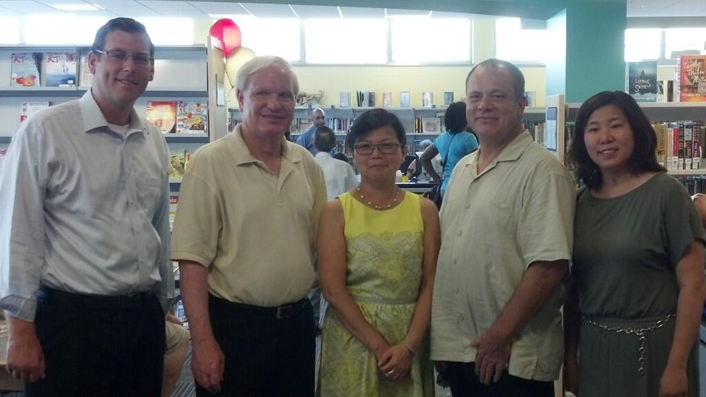 On Saturday, July 20, 2013, Assemblyman Braunstein attended the Reopening Celebration at the Queens Library at Bayside. Assemblyman Braunstein is pictured here with Senator Tony Avella, Jean Lee, Queens Library at Bayside Manager, Thomas Galante, President and CEO of Queens Library and Congresswoman Grace Meng.