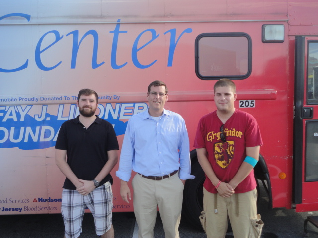 On Thursday, August 15, 2013, Assemblyman Braunstein hosted a Bayside Community Summer Blood Drive, sponsored in conjunction with the New York Blood Center. Assemblyman Braunstein is pictured here with his constituents, Liam Devlin; and Travis Kessel of the Glen Oaks Ambulance Corp.