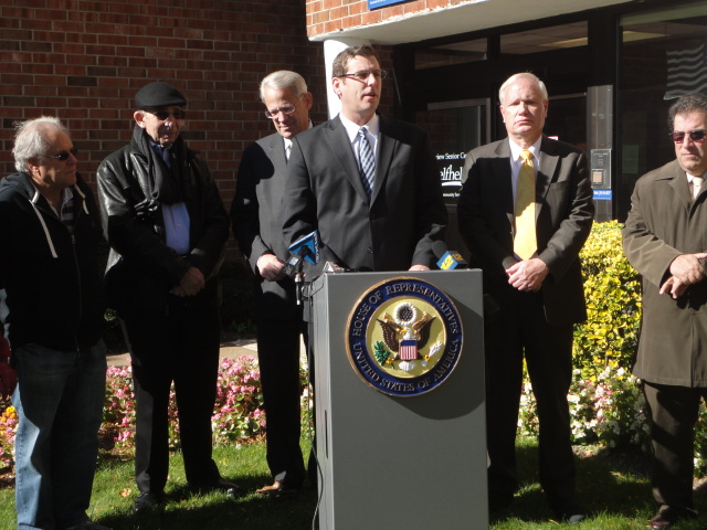 On Monday, November 4, 2013, Assemblyman Braunstein attended a press conference hosted by Congressman Steve Israel with Senator Tony Avella and community leaders to call for the passage of the Weekend Voting Act.