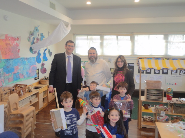 On March 14, 2014, Assemblyman Braunstein visited the Chabad Lubavitch School of Northeast Queens Early Childhood Center in Bay Terrace. Assemblyman Braunstein is pictured with Rabbi Yossi Blesofsky and Director Dina Blesofsky.