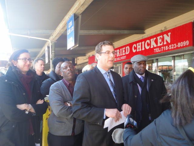 On March 21, 2014, Assemblyman Braunstein spoke at an Amalgamated Transit Union Local 1056 press conference, announcing the restoration of the Q31 and Q77 weekend bus service, effective April 6, 2014.