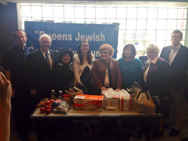 On April 6, 2014, Assemblyman Braunstein joined the Queens Jewish Community Council (QJCC) and the Metropolitan Council on Jewish Poverty for their Passover food distribution, with Congresswoman Grace Meng, Senator Toby Ann Stavisky, Assemblywoman Nily Rozic, and Council Member Karen Koslowitz. Assemblyman Braunstein is also pictured with President of QJCC Warren Hecht, Executive Director of QJCC Cynthia Zalisky, and Executive Director and Chief Executive Officer of Metropolitan Council, David Frankel.