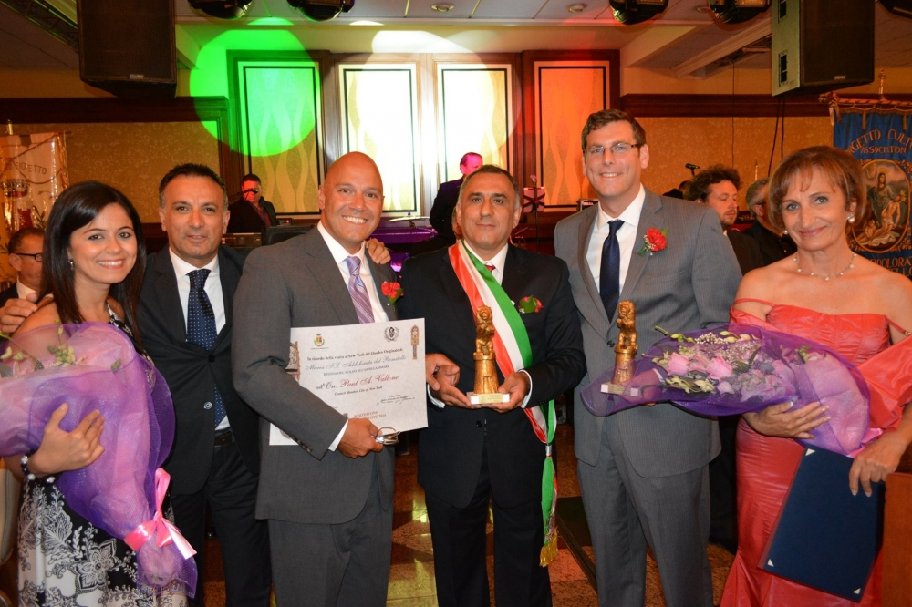 On August 15, 2014, Assemblyman Braunstein was honored by the Borgetto Cultural Association M.SS. Addolorata del Romitello Inc. at their 52nd Dinner & Dance Gala. Assemblyman Braunstein is pictured with the Borgetto Cultural Affairs Commissioner Giuseppa Grippi, Deputy Mayor of Borgetto Vito Spina, Council Member Paul Vallone, Borgetto Mayor Gioacchino De Luca, Borgetto City Council President Elisabetta Liparoto.