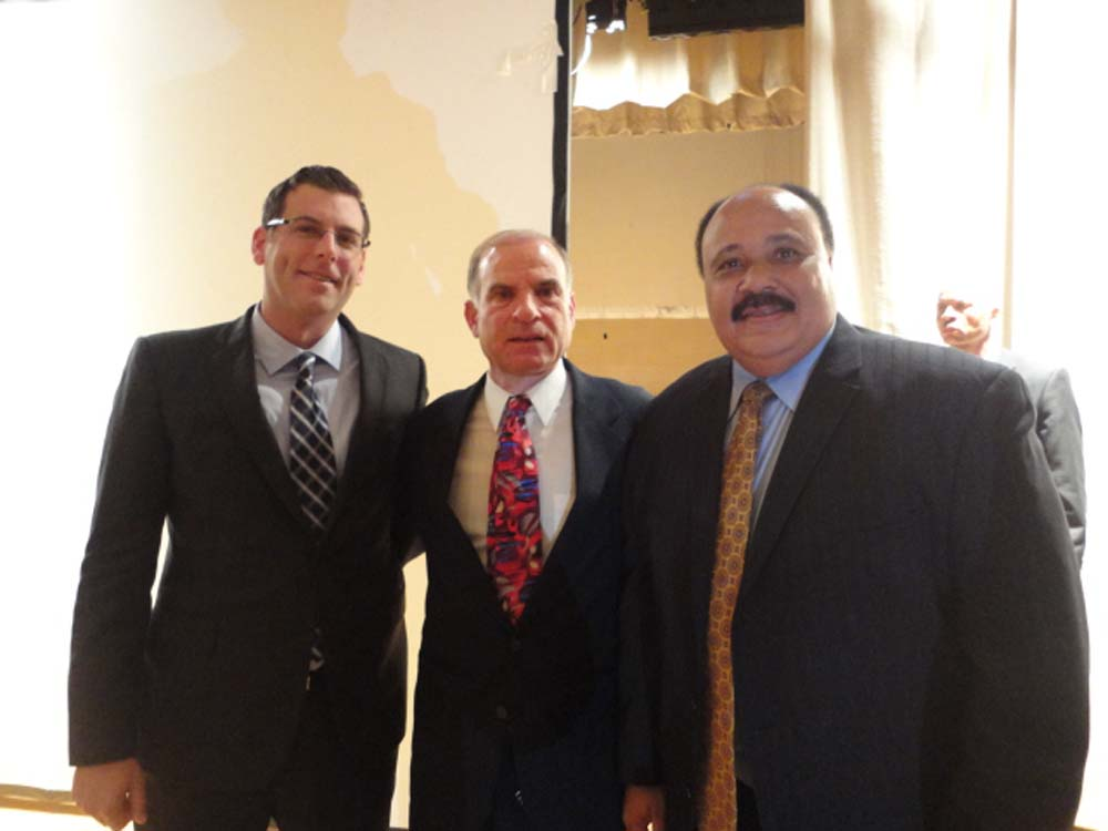 Assemblyman Braunstein met Martin Luther King, III at Benjamin N. Cardozo High School. Assemblyman Braunstein is pictured with Martin Luther King III and Coach Ron Naclerio, whose father, Dr. Emil Naclerio, saved Martin Luther King, Jr. after he was stabbed in 1958.