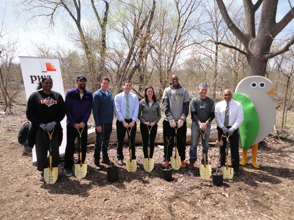 "On April 16, 2015, Assemblyman Braunstein participated in the MillionTreesNYC Threes for Trees planting restoration project at Alley Pond Park with Assemblywoman Nily Rozic and New York City Department of Parks & Recreation Commissioner Mitchell J. Silver. Assemblyman Braunstein was also joined by Walt ""Clyde"" Frazier, Jerome ""Junkyard Dog"" Williams, Kym Hampton, and staff from the New York Knicks and PwC."