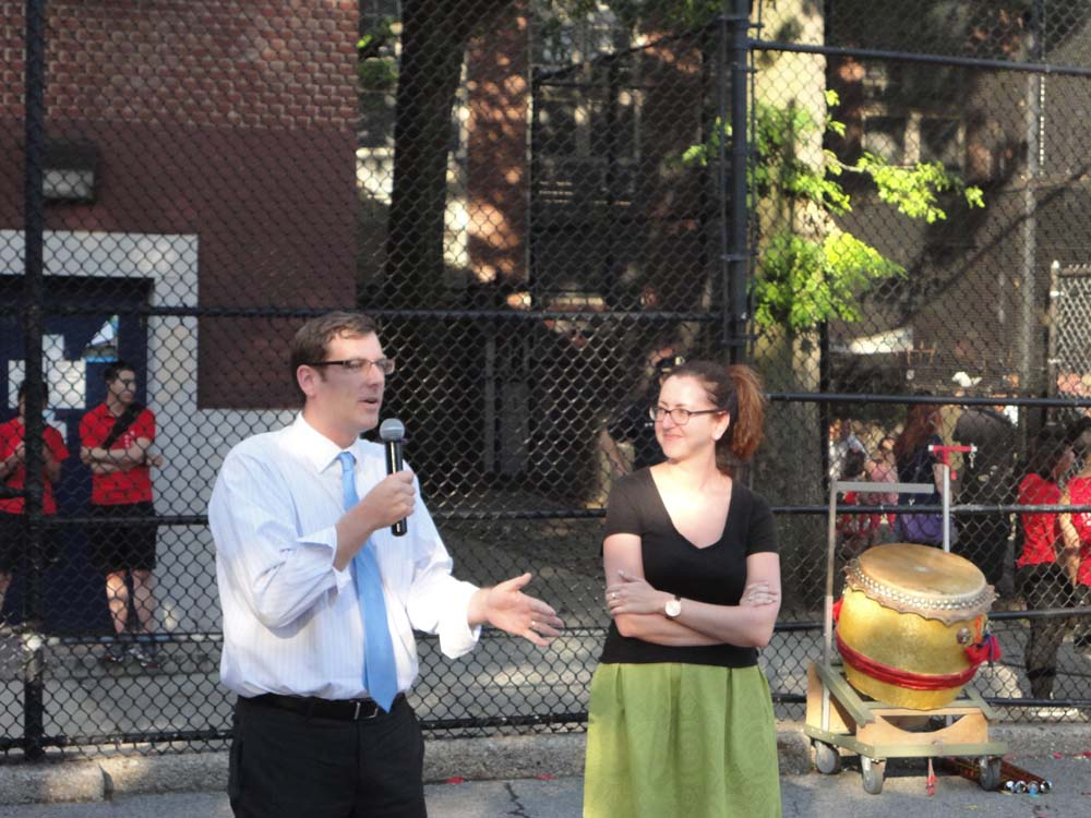 On August 4, 2015, Assemblyman Braunstein attended the 109th Precinct's National Night Out Against Crime. Assemblyman Braunstein is pictured with Assemblywoman Nily Rozic.