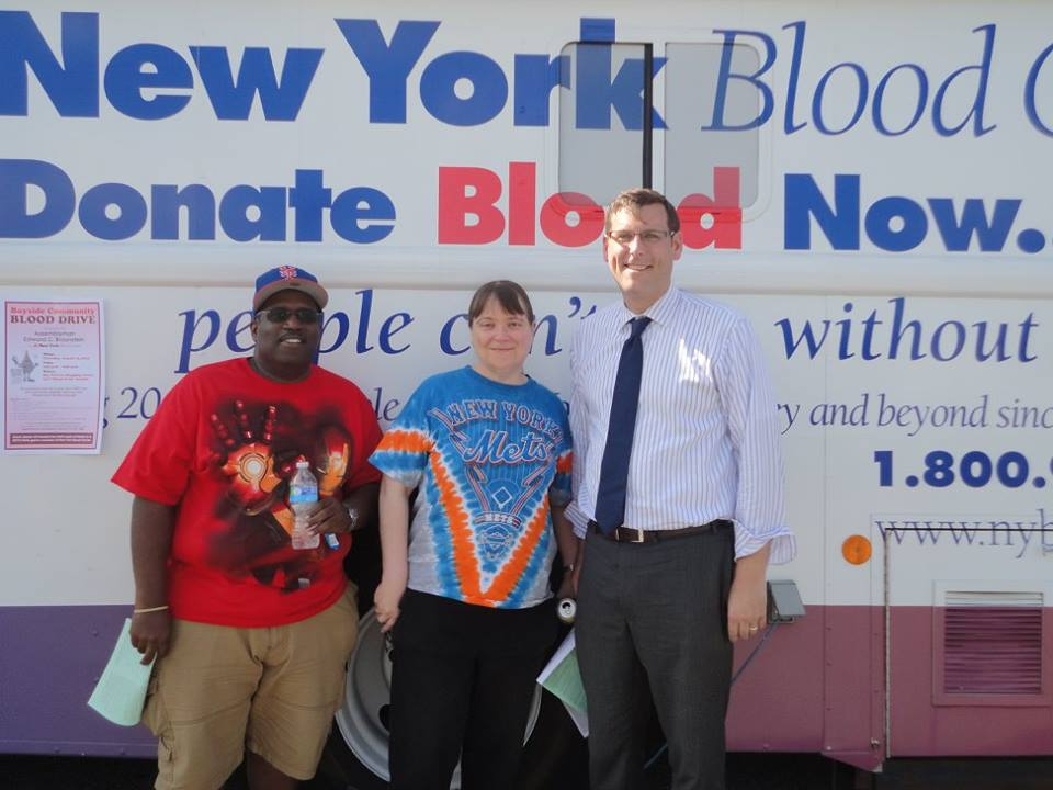 On August 13, 2015, Assemblyman Braunstein sponsored his 3rd Annual Summer Blood Drive in conjunction with the New York Blood Center. Assemblyman Braunstein is pictured with donors George Roosburg and Dolores Llodra.