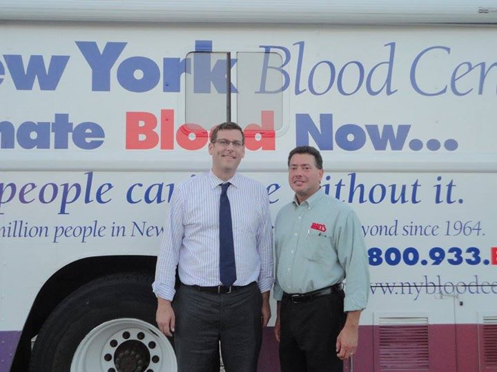On August 13, 2015, Assemblyman Braunstein sponsored his 3rd Annual Summer Blood Drive in conjunction with the New York Blood Center. Assemblyman Braunstein is pictured with Ben's Kosher Delicatessen Restaurant & Caterers General Manager Hal Simon.