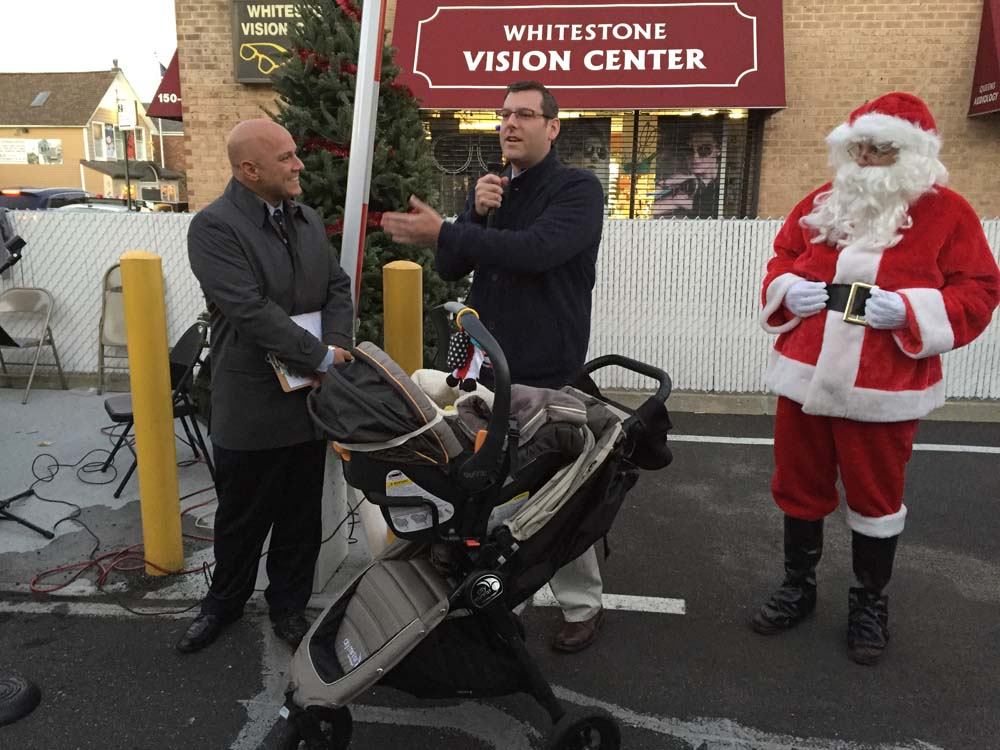 On December 4, 2015, Assemblyman Braunstein attended the Whitestone Village Holiday Lighting. Assemblyman Braunstein is pictured with Council Member Paul A. Vallone.
