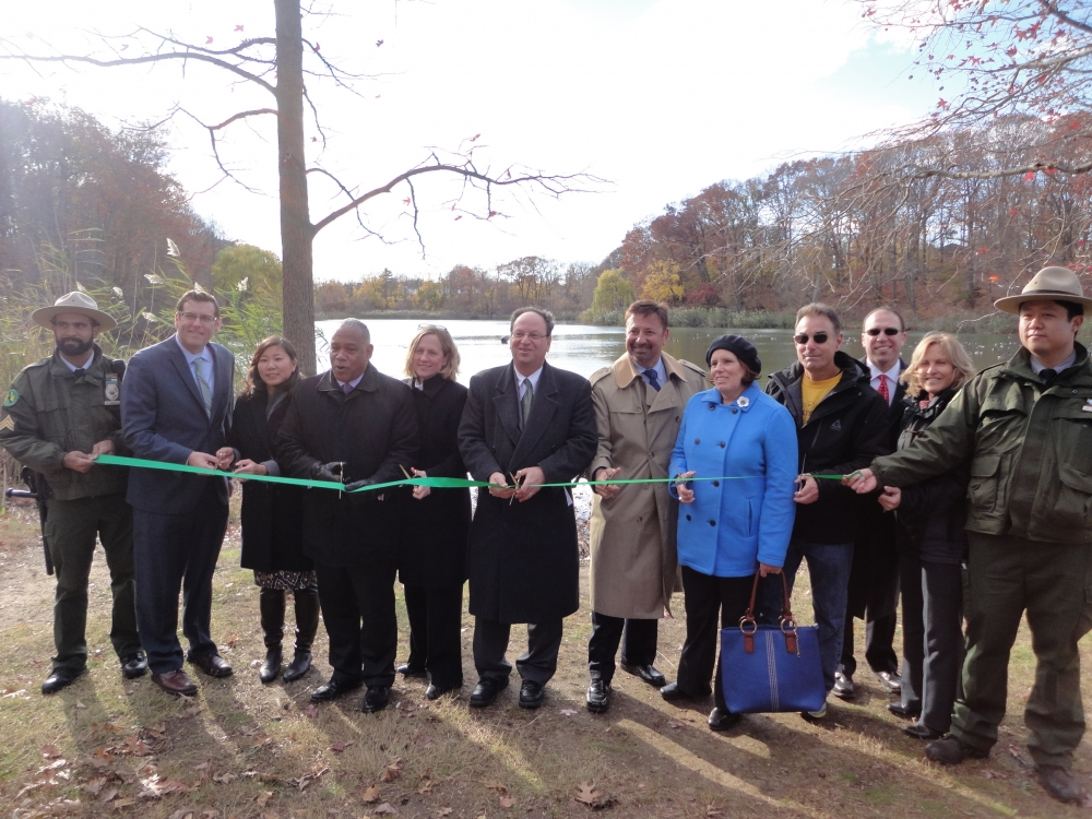 On November 23, 2015, Assemblyman Braunstein attended the ribbon-cutting at Oakland Lake following its reconstruction. Assemblyman Braunstein is pictured with Congresswoman Grace Meng, Queens Borough President Melinda Katz, Council Member-Elect Barry Grodenchik, New York City Department of Parks & Recreation Commissioner Mitchell J. Silver, Borough Commissioner Dorothy Lewandowski, Community Board 11 District Manager Susan Seinfeld, former Community Board 11 Chair Jerry Iannece, Northeast Queens Parks Administrator Matthew Symons, and Bayside Hills Civic Association President Michael Feiner.