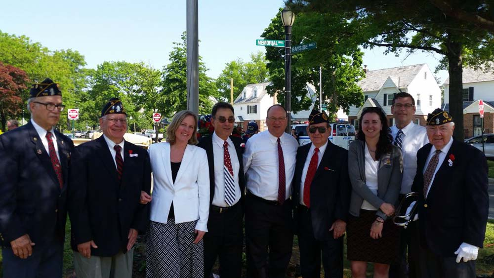 On May 28, 2016, Assemblyman Braunstein attended the Bayside Hills Civic Association Annual Memorial Day Observance Ceremony.