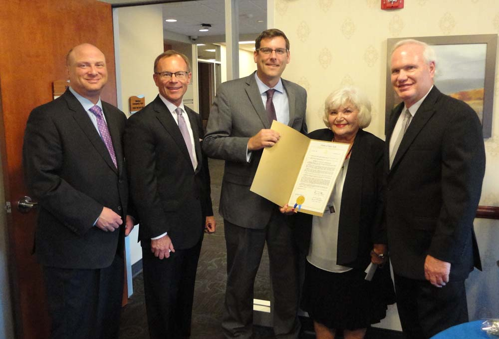On June 30, 2016, Assemblyman Braunstein presented a New York State Legislative Resolution to Roberta Kosiorowski, recipient of this year's LeadingAge New York Employee of Distinction Award. Roberta is a Medicaid Manager at the Parker Jewish Institute for Health Care and Rehabilitation.