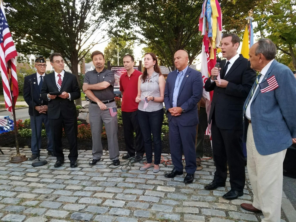 On September 11, 2016, Assemblyman Braunstein participated in the Bayside Hills Civic Association 9/11 Memorial Observance.<br />