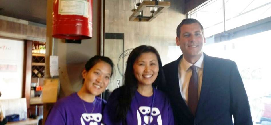 On September 22, 2016, Assemblyman Braunstein attended the Korean American Family Service Center One Day Restaurant fundraiser at San Soo Kap San 2.<br />