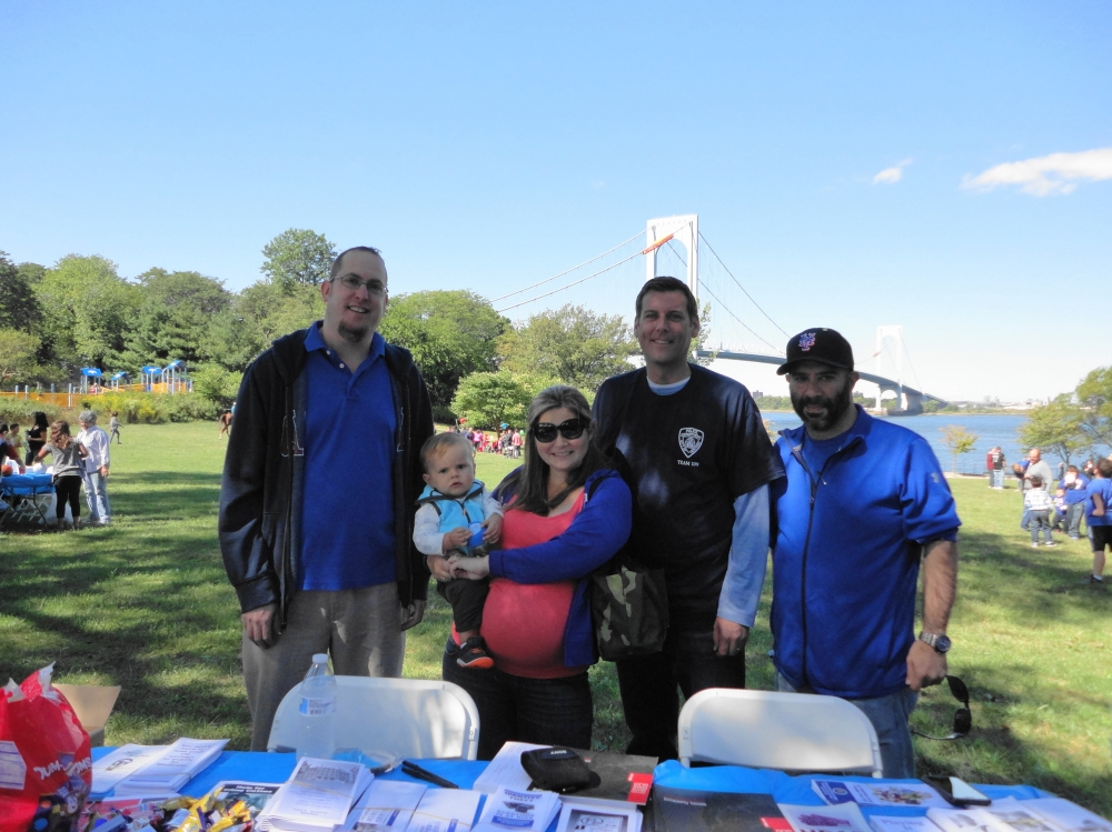 On September 24, 2016, Assemblyman Braunstein attended the 109th Precinct Community Council's 3rd Annual Family Fun Day at Francis Lewis Park.<br />