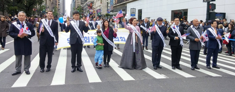 On October 1, 2016, Assemblyman Braunstein marched in the 36th Annual Korean Parade & Festival.<br />