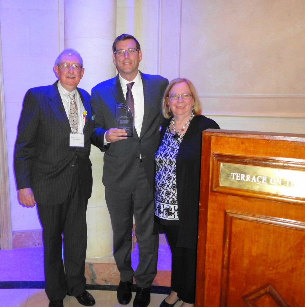 On October 28, 2016, Assemblyman Braunstein was presented with the Queensboro Council for Social Welfare's Outstanding Government Leadership Award at its 94th Annual Salute to Community Leaders Luncheon & Networking Exhibition.<br />