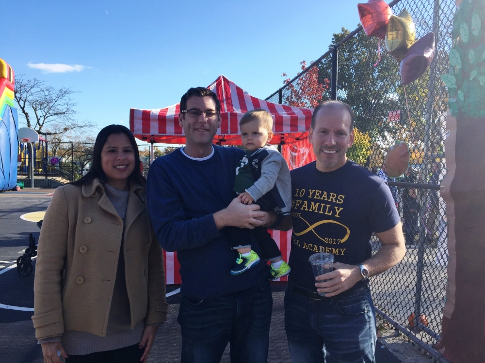 On November 6, 2016, Assemblyman Braunstein attended the PS 169 & Bell Academy Tenth Year Anniversary Fall Festival.<br />