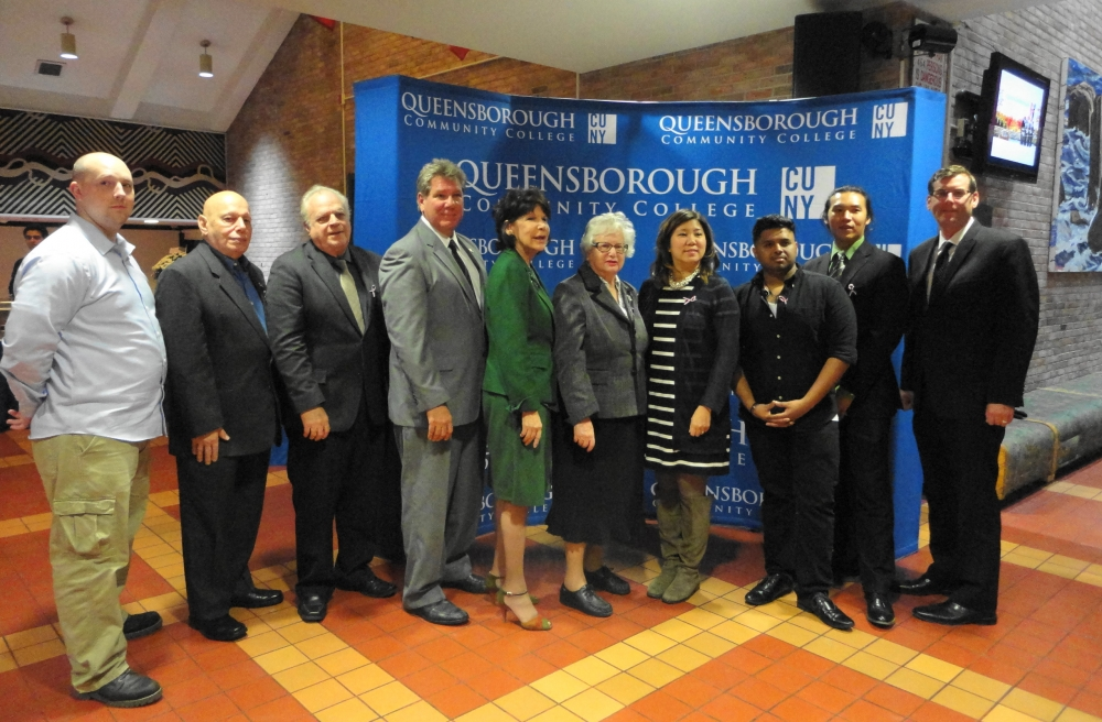 On November 10, 2016, Assemblyman Braunstein attended Queensborough Community College's Fourth Annual Veterans Dinner.<br />