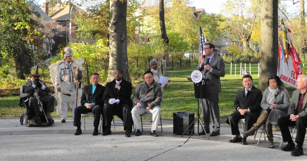 On November 11, 2016, Assemblyman Braunstein attended the Olde Towne of Flushing Burial Ground 10th Anniversary Celebration.<br />