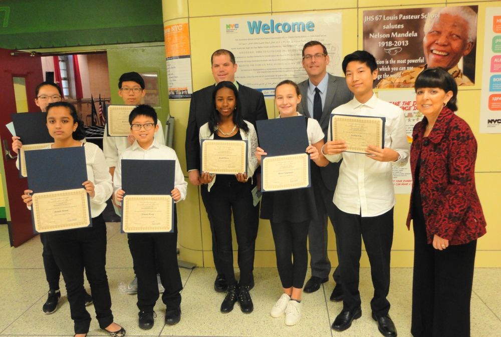 On November 18, 2016, Assemblyman Braunstein installed the 2016-2017 Student Organization at Louis Pasteur Middle School 67.