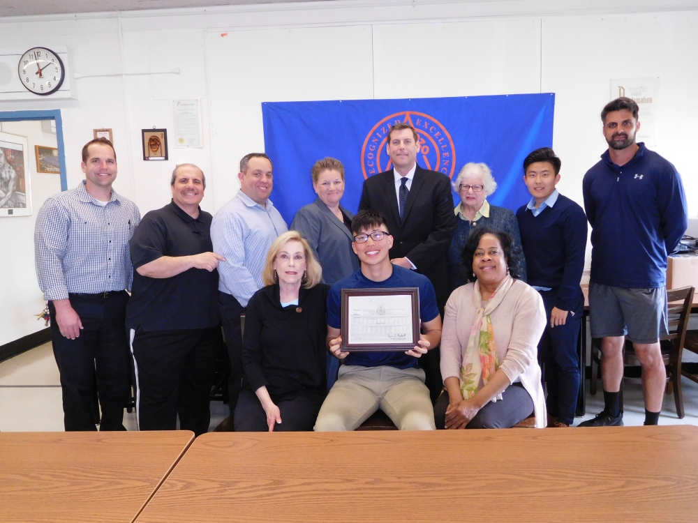 On April 19, 2017, Assemblyman Braunstein joined NY1 in honoring Benjamin N. Cardozo High School student Austin Fan as Scholar Athlete of the Week.