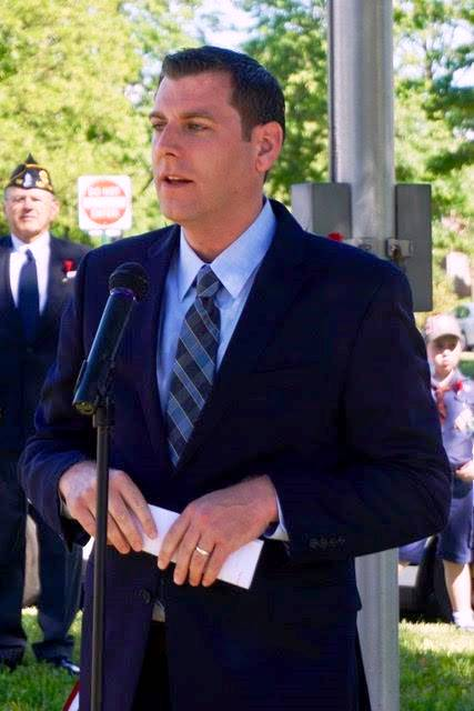 On May 27, 2017, Assemblyman Braunstein attended Bayside Hills Civic Association's Memorial Day Observance Ceremony.