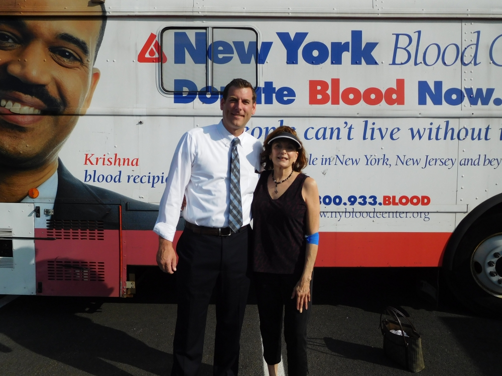 On August 10, 2017, Assemblyman Braunstein's office sponsored the 5th Annual Summer Blood Drive with the New York Blood Center. Assemblyman Braunstein is pictured with blood drive donor and const
