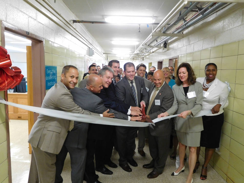 On September 27, 2017, Assemblyman Braunstein attended the opening of MS 67's new Educational Learning Center.