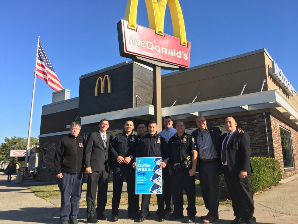 On October 4, 2017, Assemblyman Braunstein attended the Coffee with a Cop program hosted by McDonald's in Whitestone.