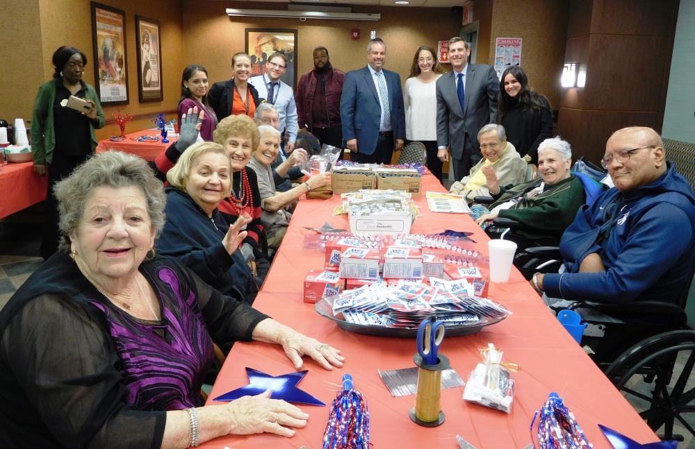 On November 15, 2017, Assemblyman Braunstein attended the Grand Rehabilitation and Nursing at Queens Veterans Helping Veterans Event. Veterans from our community joined the staff in sending care packa